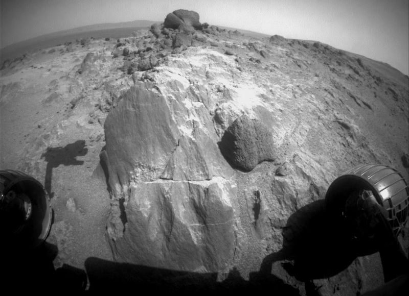 Mars Exploration Rover Opportunity to study rock