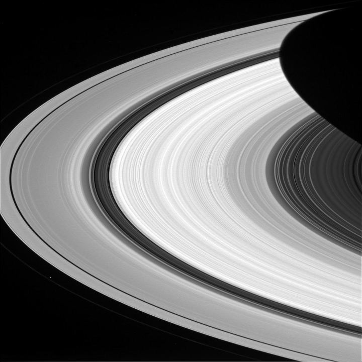 Cassini captured this nice picture of Saturn's rings