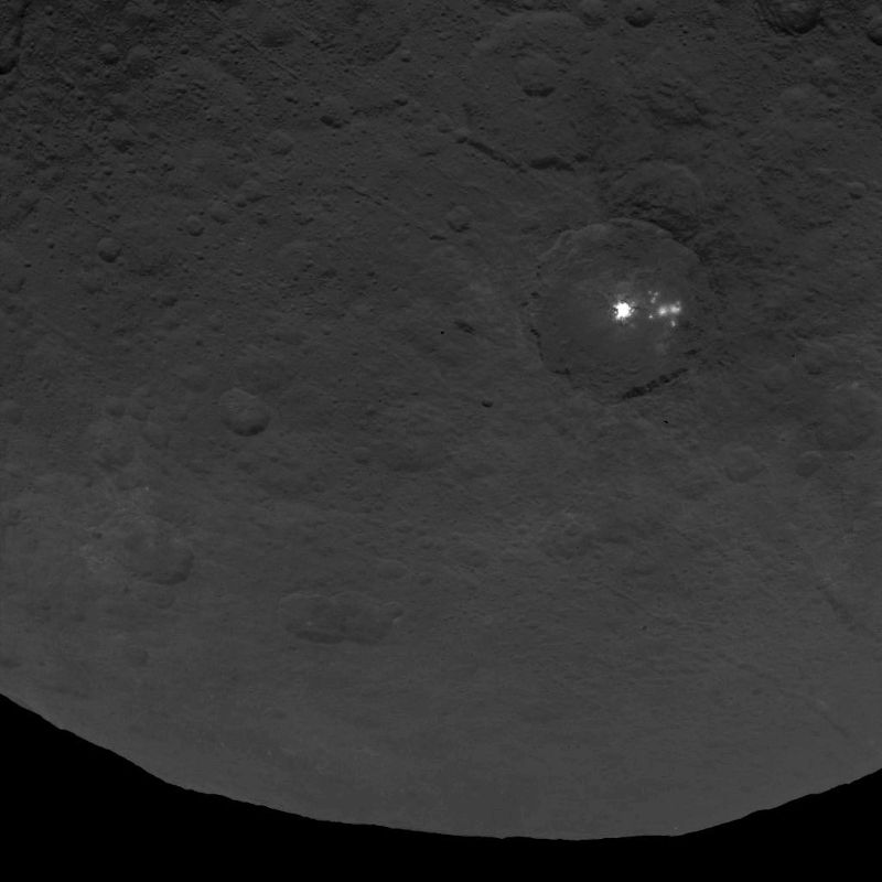 Lighted spots seen by the Dawn spacecraft on Ceres